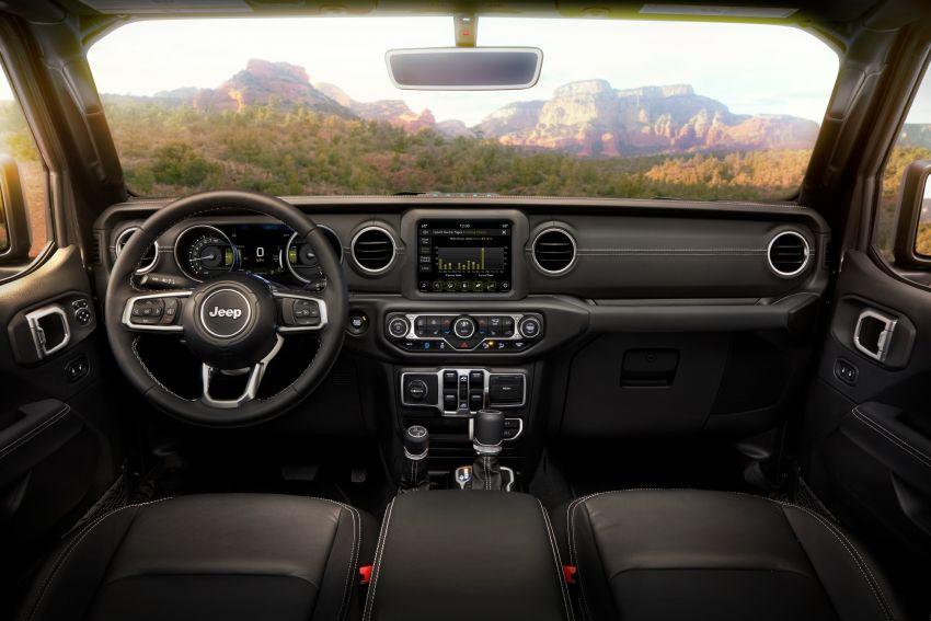 2021 Jeep Wrangler 4xe debuts – 375 hp/637 Nm 2.0L turbo twin-motor plug-in hybrid; 40 km electric range Image #1171335