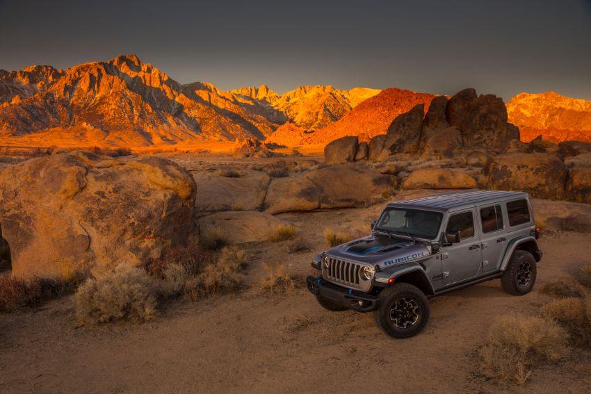 2021 Jeep Wrangler 4xe debuts – 375 hp/637 Nm 2.0L turbo twin-motor plug-in hybrid; 40 km electric range Image #1171368