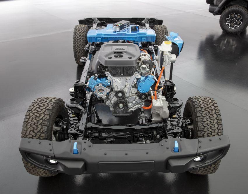 2021 Jeep Wrangler 4xe debuts – 375 hp/637 Nm 2.0L turbo twin-motor plug-in hybrid; 40 km electric range Image #1171305