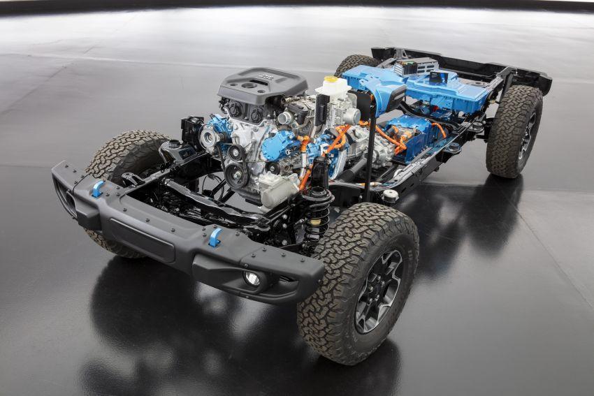 2021 Jeep Wrangler 4xe debuts – 375 hp/637 Nm 2.0L turbo twin-motor plug-in hybrid; 40 km electric range Image #1171304