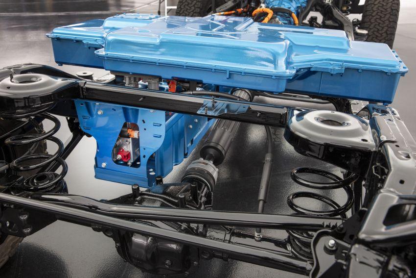 2021 Jeep Wrangler 4xe debuts – 375 hp/637 Nm 2.0L turbo twin-motor plug-in hybrid; 40 km electric range Image #1171302