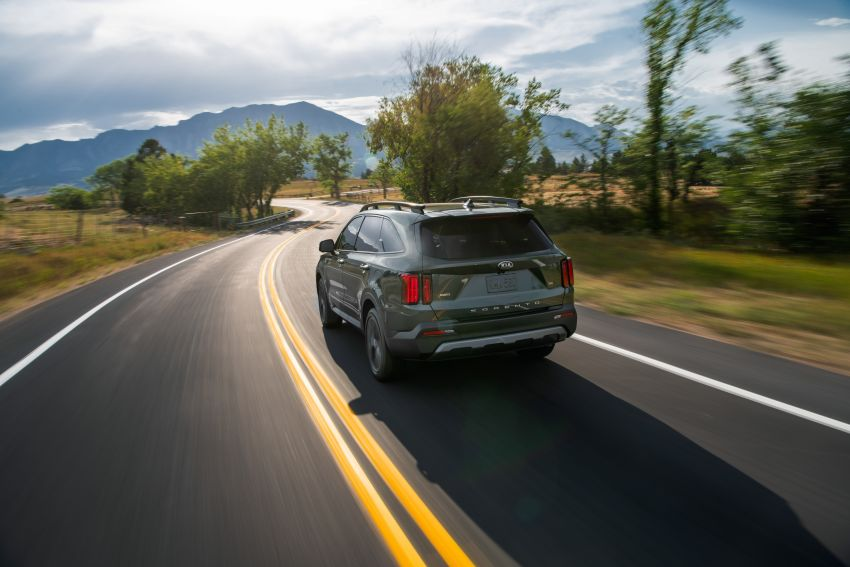 2021 Kia Sorento for the US – three-row SUV offered with four powertrains, six- or seven-seat layouts Image #1181359