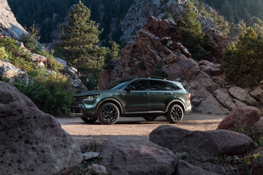 2021 Kia Sorento for the US – three-row SUV offered with four powertrains, six- or seven-seat layouts Image #1181364