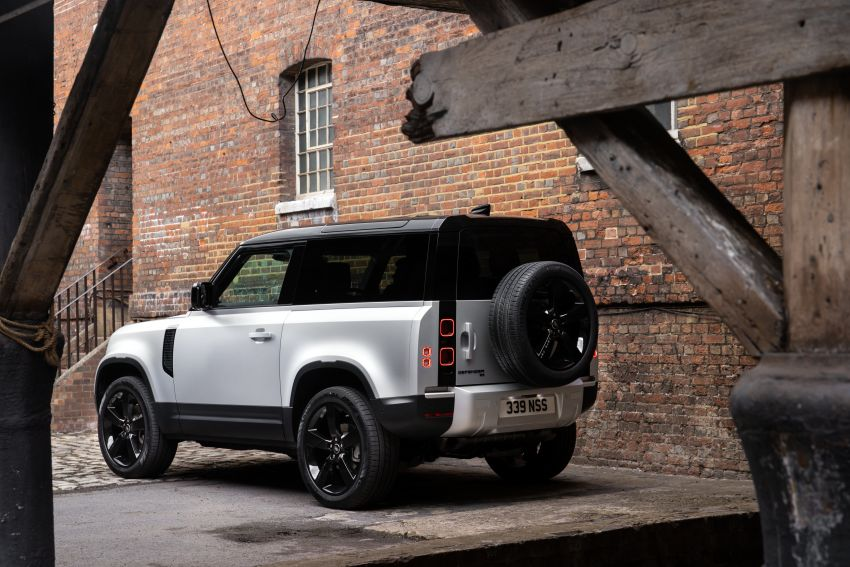 2021 Land Rover Defender – X-Dynamic trim variant, 404 PS P400e PHEV and inline-six Ingenium diesels Image #1173425