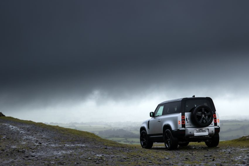 2021 Land Rover Defender – X-Dynamic trim variant, 404 PS P400e PHEV and inline-six Ingenium diesels Image #1173384