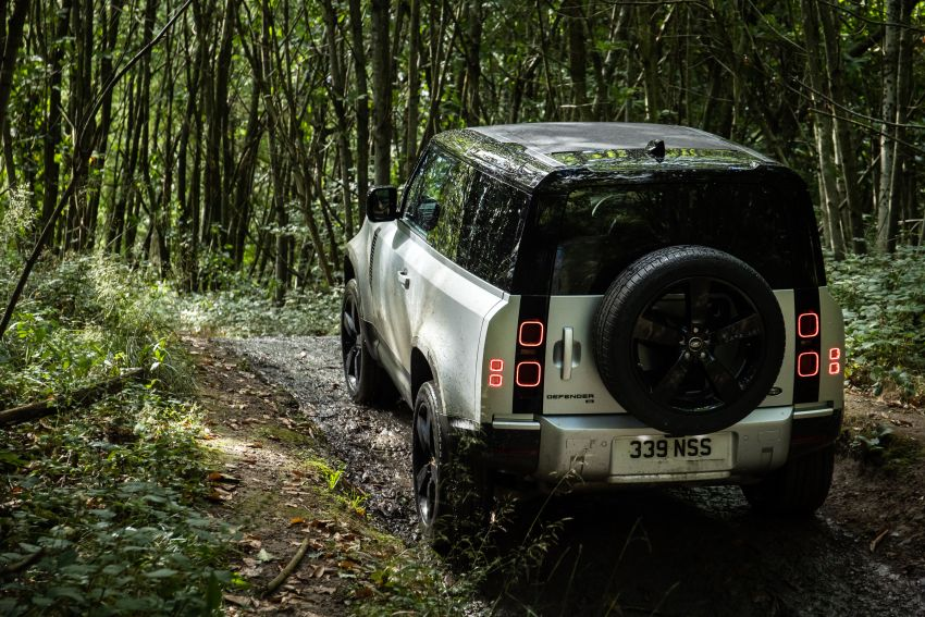 2021 Land Rover Defender – X-Dynamic trim variant, 404 PS P400e PHEV and inline-six Ingenium diesels Image #1173377