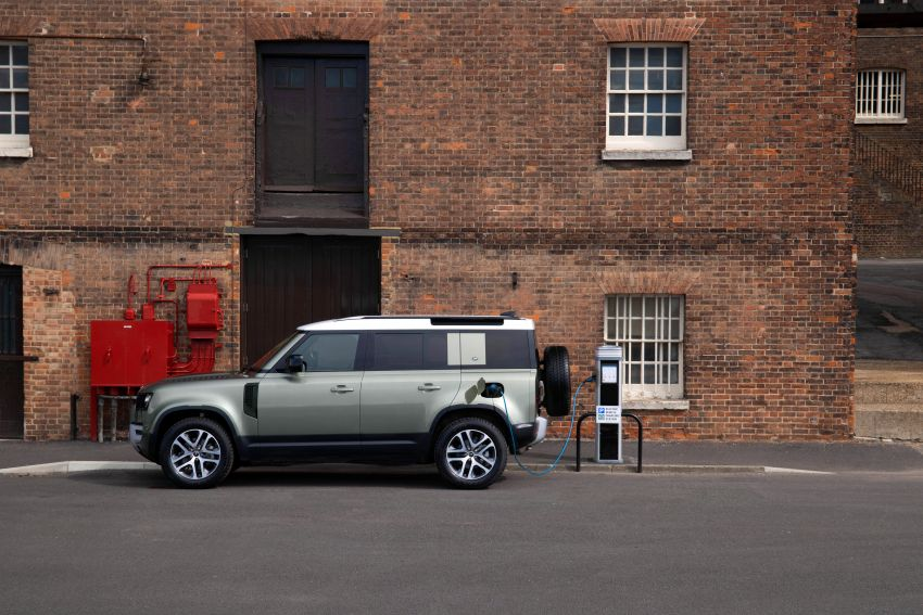 2021 Land Rover Defender – X-Dynamic trim variant, 404 PS P400e PHEV and inline-six Ingenium diesels Image #1173463