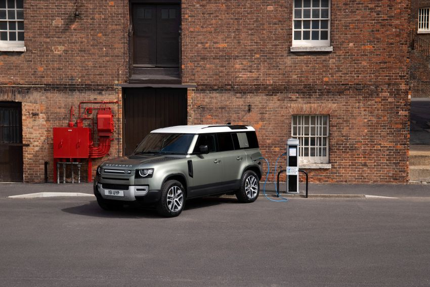 2021 Land Rover Defender – X-Dynamic trim variant, 404 PS P400e PHEV and inline-six Ingenium diesels Image #1173464