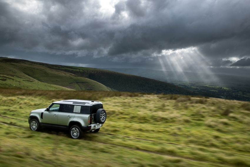 2021 Land Rover Defender – X-Dynamic trim variant, 404 PS P400e PHEV and inline-six Ingenium diesels Image #1173466
