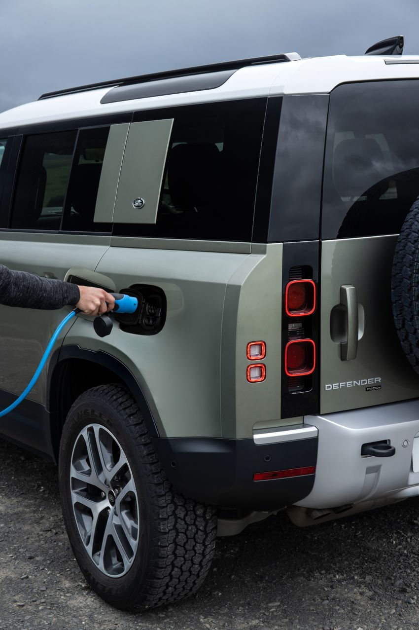 2021 Land Rover Defender – X-Dynamic trim variant, 404 PS P400e PHEV and inline-six Ingenium diesels Image #1173495