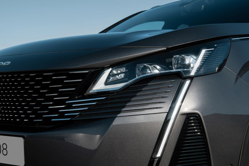 2021 Peugeot 3008 facelift debuts – bolder front face, updated cabin and tech, new PHEV variant with 225 hp Image #1169606
