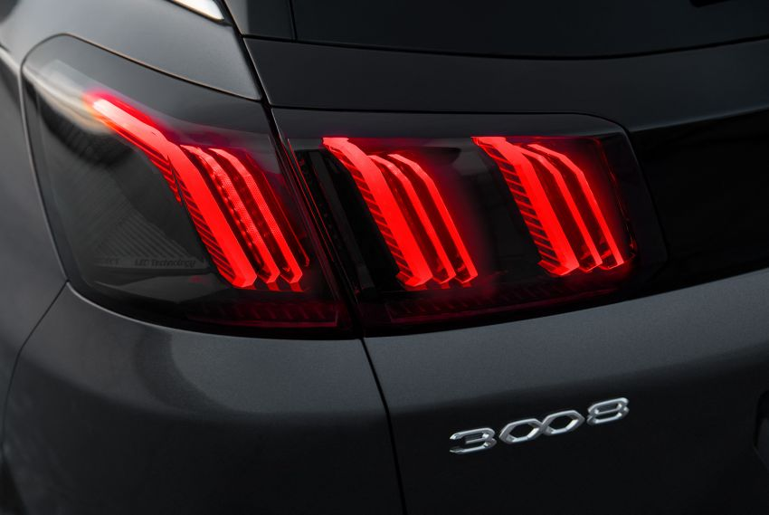 2021 Peugeot 3008 facelift debuts – bolder front face, updated cabin and tech, new PHEV variant with 225 hp Image #1169614