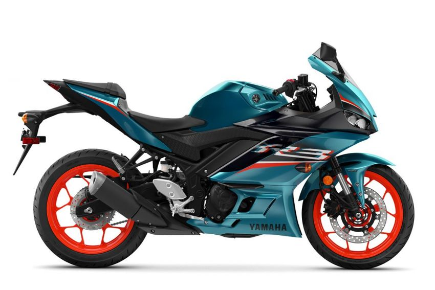2021 Yamaha YZF-R3 in new teal and MotoGP livery Image #1174180