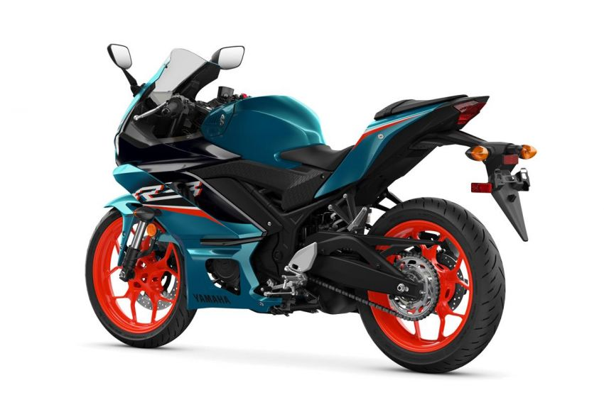 2021 Yamaha YZF-R3 in new teal and MotoGP livery Image #1174182