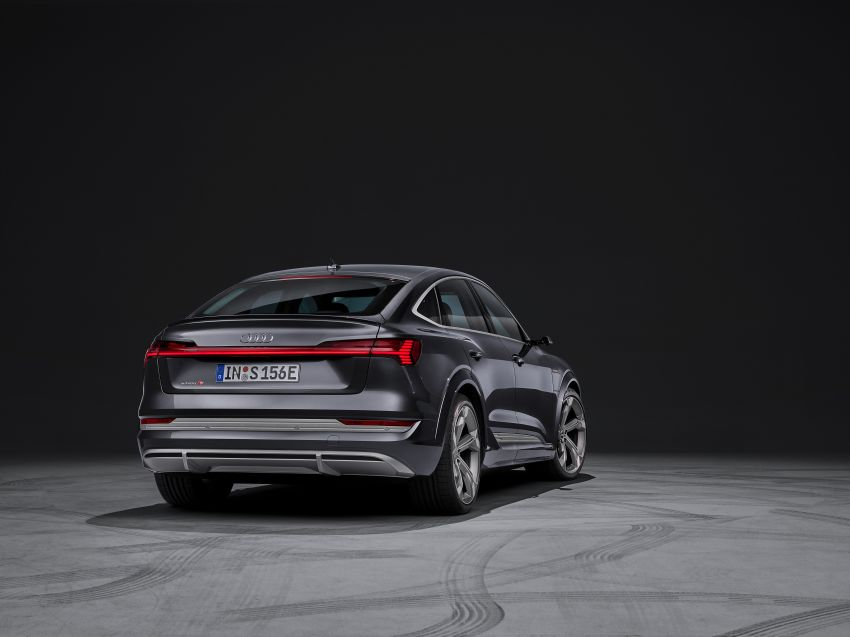 Audi e-tron S and e-tron S Sportback debut with three electric motors – 503 PS, 937 Nm; 0-100 km/h in 4.5s Image #1175676