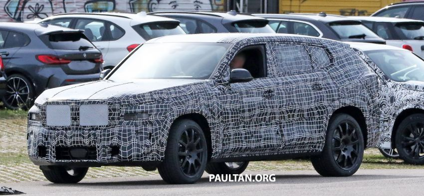 SPYSHOTS: BMW X8 sighted – a chopped-roof X7? Image #1184357