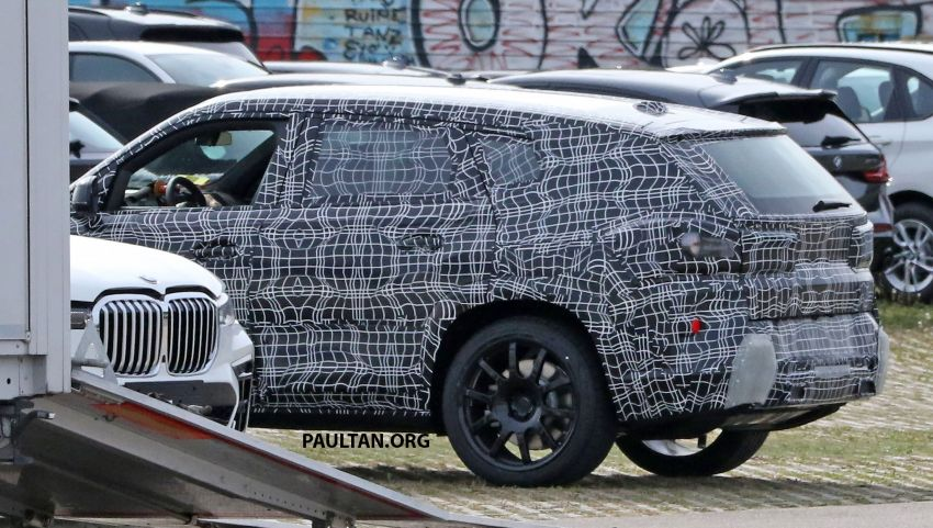 SPYSHOTS: BMW X8 sighted – a chopped-roof X7? Image #1184350