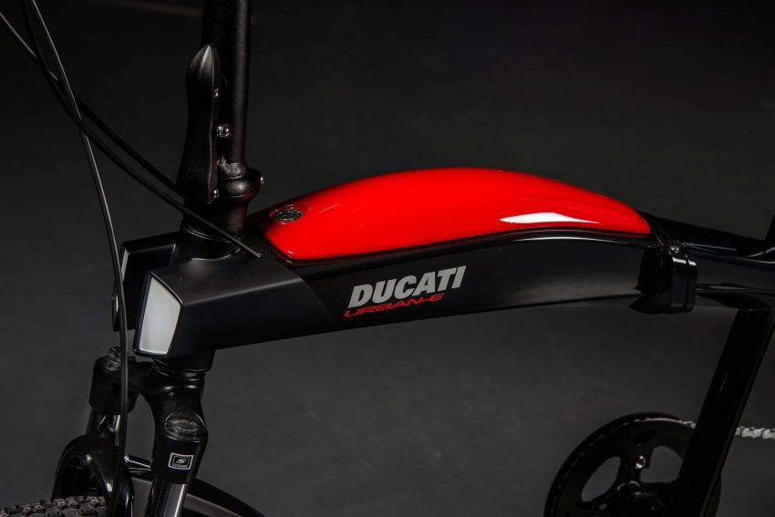 Ducati shows three new electric folding bicycles Image #1169845
