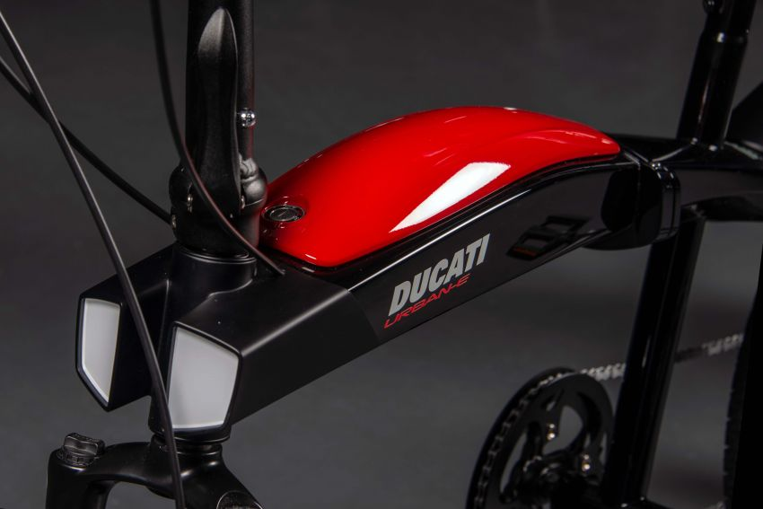 Ducati shows three new electric folding bicycles Image #1169848