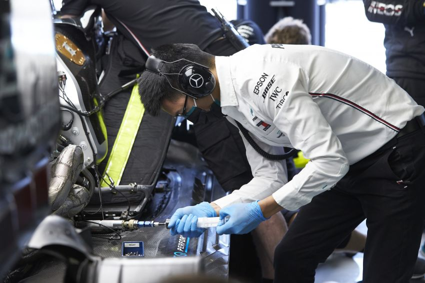 Petronas Trackside Fluid Engineers – we talk to En De Liow and Stephanie Travers about Formula 1 in 2020 Image #1172151