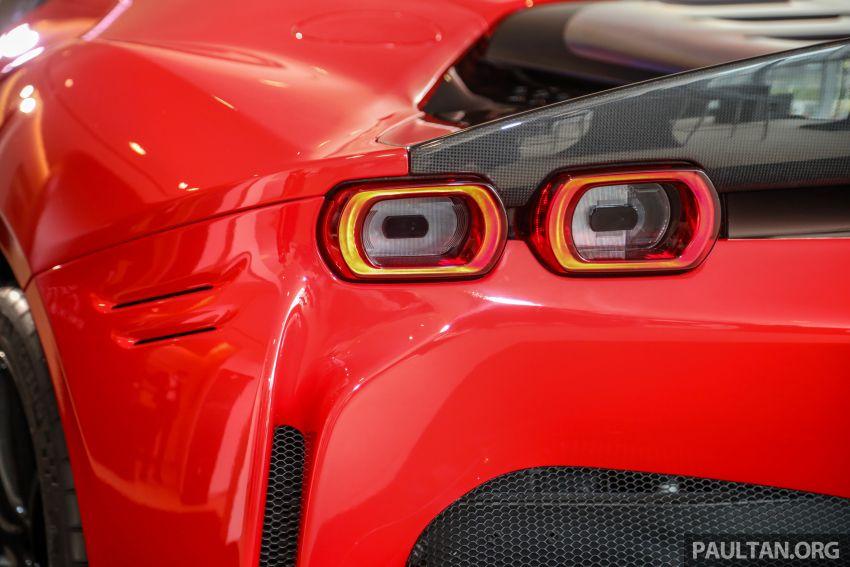 Ferrari SF90 Stradale dilancarkan di M'sia – 3,990 cc V8, klac berkembar 8-kelajuan baharu; dari RM1.908j Image #1178947