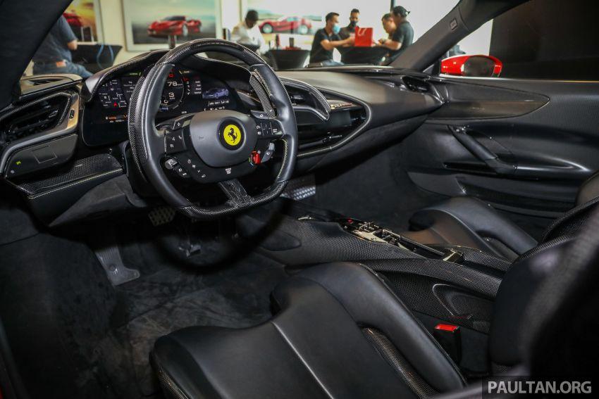Ferrari SF90 Stradale dilancarkan di M'sia – 3,990 cc V8, klac berkembar 8-kelajuan baharu; dari RM1.908j Image #1178966