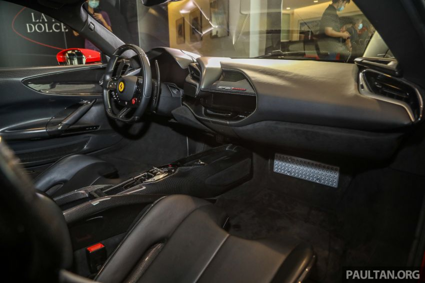 Ferrari SF90 Stradale dilancarkan di M'sia – 3,990 cc V8, klac berkembar 8-kelajuan baharu; dari RM1.908j Image #1178976