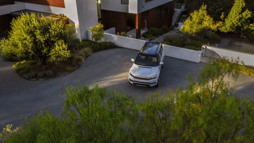 Jeep Grand Wagoneer Concept previews new premium SUV lineup – plug-in hybrid power, production in 2021 Image #1172430