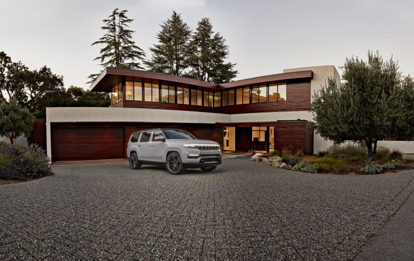 Jeep Grand Wagoneer Concept previews new premium SUV lineup – plug-in hybrid power, production in 2021 Image #1172433