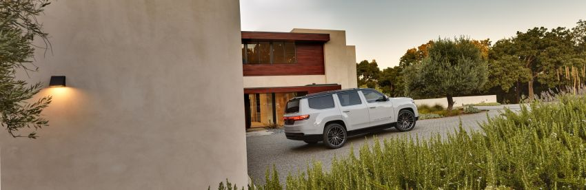 Jeep Grand Wagoneer Concept previews new premium SUV lineup – plug-in hybrid power, production in 2021 Image #1172440