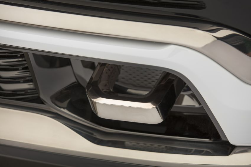 Jeep Grand Wagoneer Concept previews new premium SUV lineup – plug-in hybrid power, production in 2021 Image #1172447