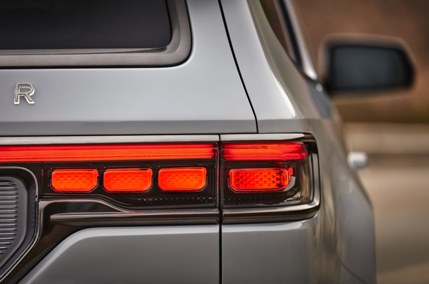 Jeep Grand Wagoneer Concept previews new premium SUV lineup – plug-in hybrid power, production in 2021 Image #1172449