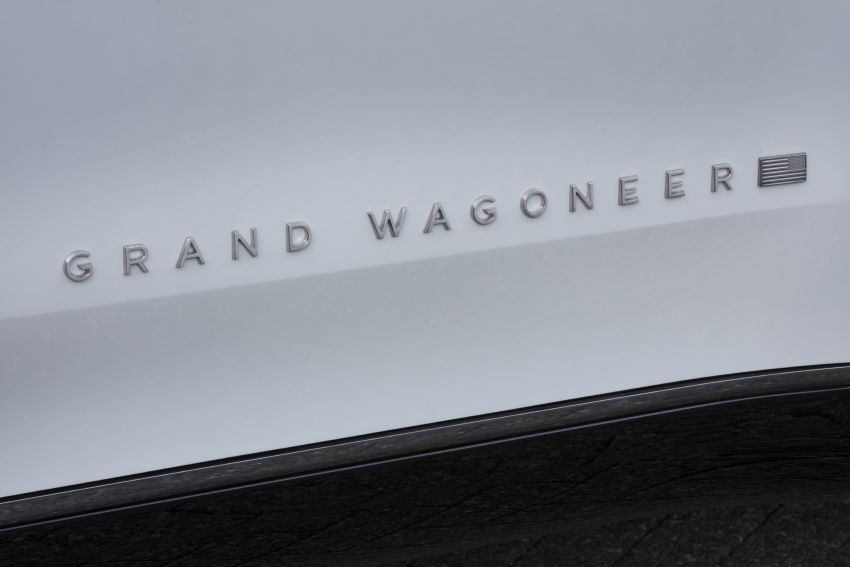 Jeep Grand Wagoneer Concept previews new premium SUV lineup – plug-in hybrid power, production in 2021 Image #1172454