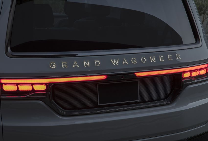 Jeep Grand Wagoneer Concept previews new premium SUV lineup – plug-in hybrid power, production in 2021 Image #1172456