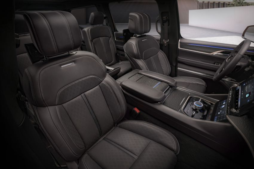Jeep Grand Wagoneer Concept previews new premium SUV lineup – plug-in hybrid power, production in 2021 Image #1172461