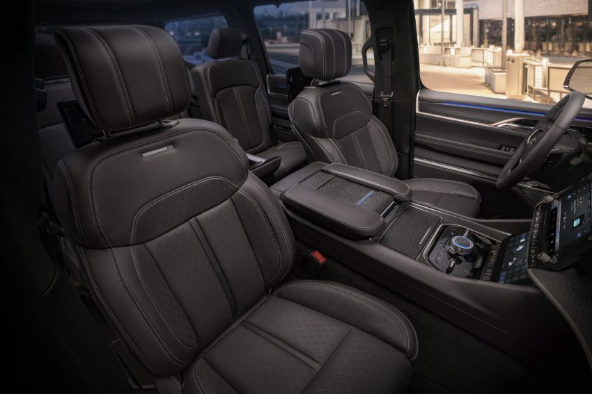 Jeep Grand Wagoneer Concept previews new premium SUV lineup – plug-in hybrid power, production in 2021 Image #1172462
