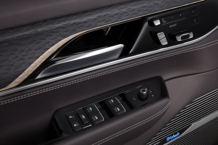 Jeep Grand Wagoneer Concept previews new premium SUV lineup – plug-in hybrid power, production in 2021 Image #1172468