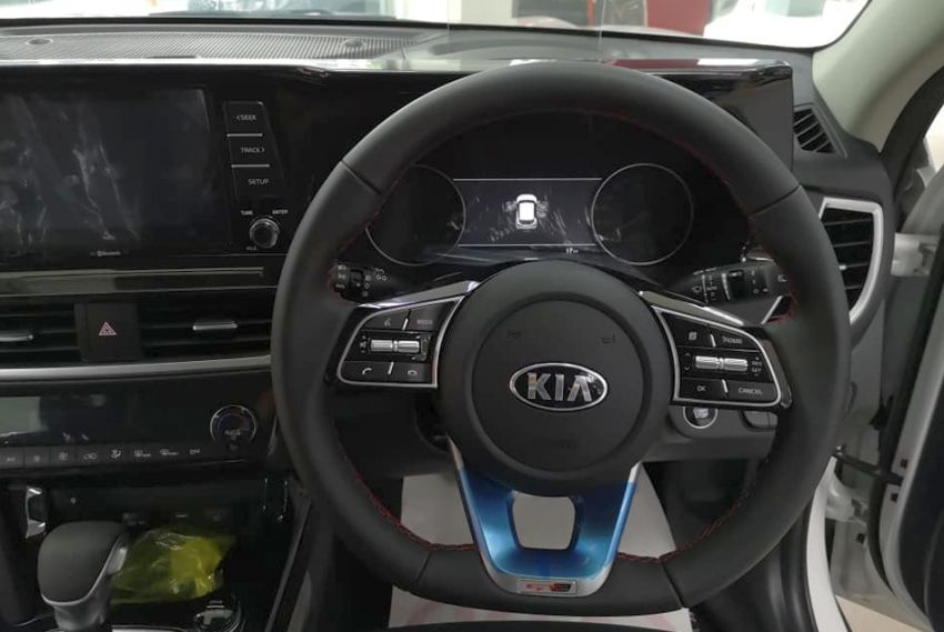 Kia Seltos – GT-Line variant arrives in KL showroom Image #1171143