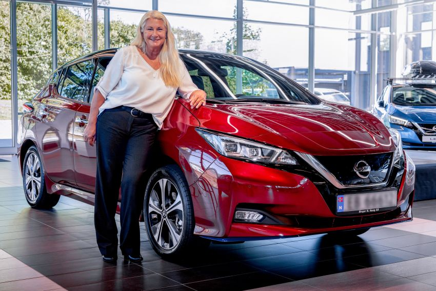 Nissan celebrates production of the 500,000th Leaf Image #1173829