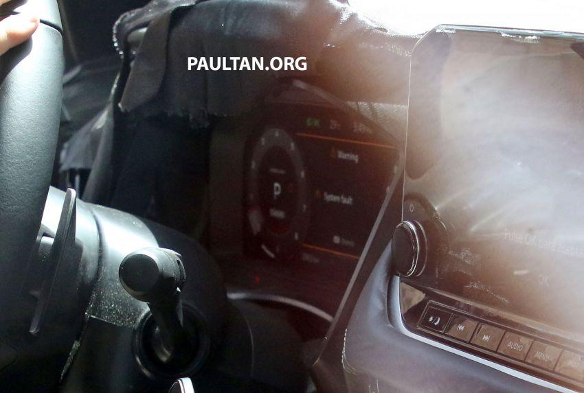 SPYSHOTS: Next Nissan Qashqai on test; interior seen Image #1173272