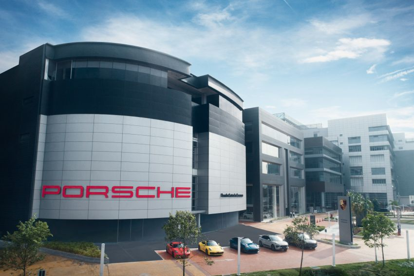 Porsche Centre Ara Damansara launched – RM15 mil investment; largest Porsche 3S centre in Asia Pacific Image #1179525