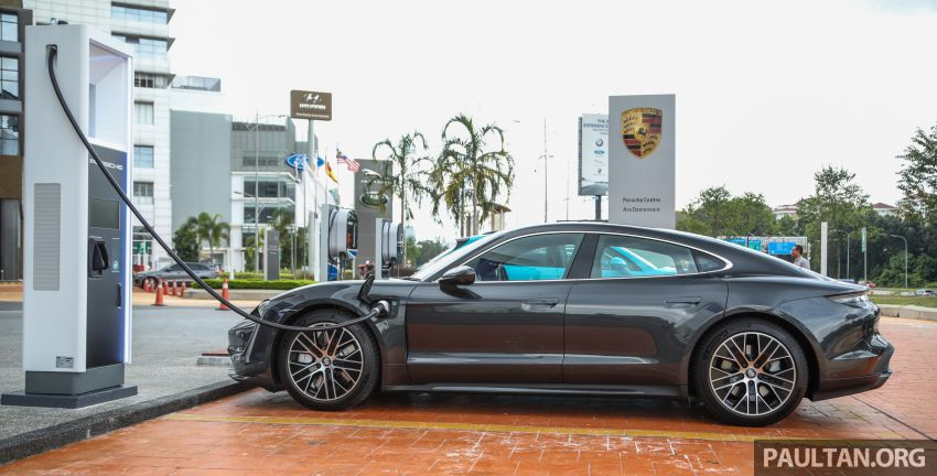 Porsche Taycan tiba di Malaysia – tiga varian, harga RM725k – RM1.2 juta, jarak gerak hingga 464 km Image #1178464