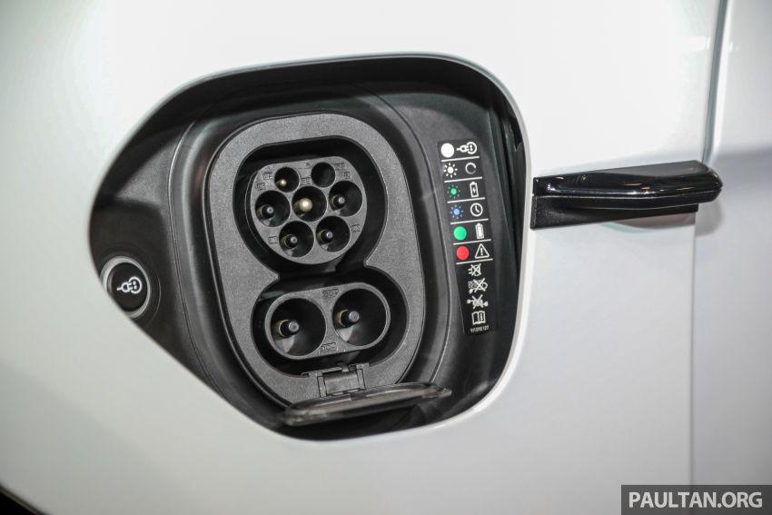 Porsche Taycan tiba di Malaysia – tiga varian, harga RM725k – RM1.2 juta, jarak gerak hingga 464 km Image #1178548