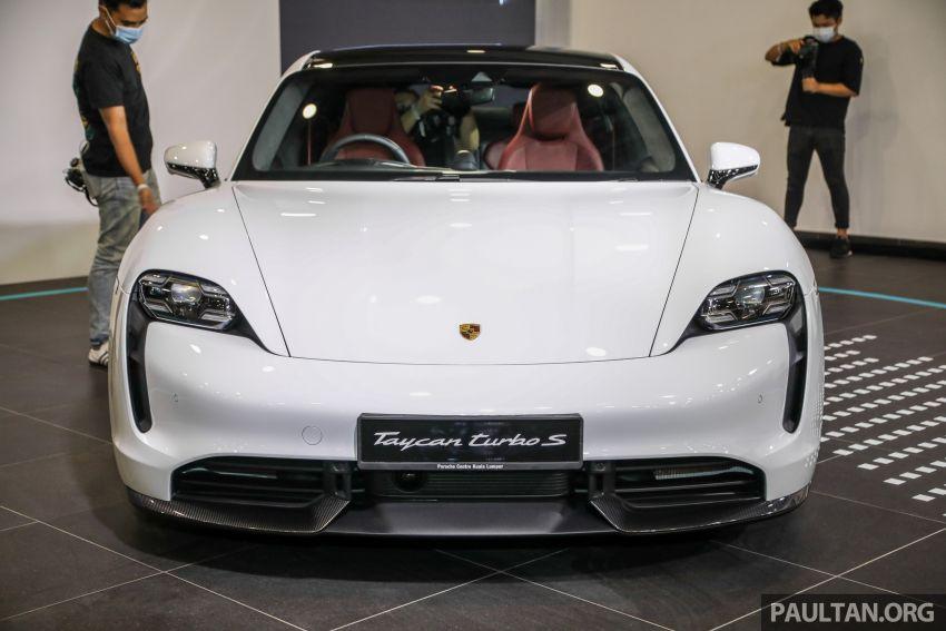 Porsche Taycan tiba di Malaysia – tiga varian, harga RM725k – RM1.2 juta, jarak gerak hingga 464 km Image #1178516