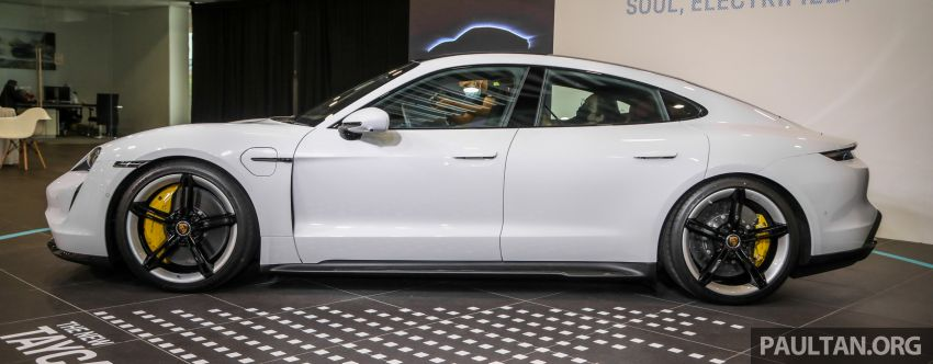 Porsche Taycan tiba di Malaysia – tiga varian, harga RM725k – RM1.2 juta, jarak gerak hingga 464 km Image #1178520