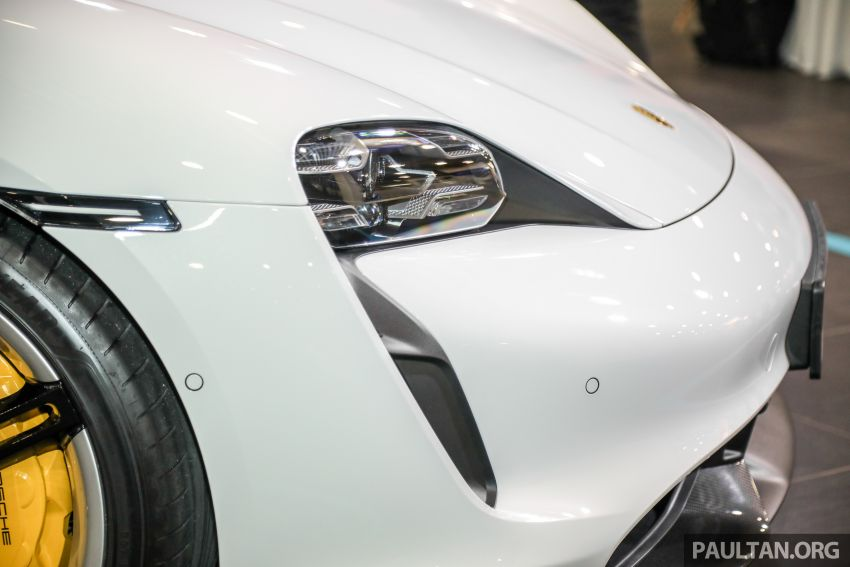 Porsche Taycan tiba di Malaysia – tiga varian, harga RM725k – RM1.2 juta, jarak gerak hingga 464 km Image #1178524
