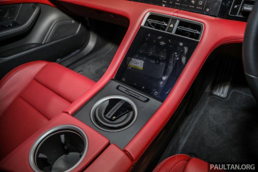 Porsche Taycan tiba di Malaysia – tiga varian, harga RM725k – RM1.2 juta, jarak gerak hingga 464 km Image #1178603