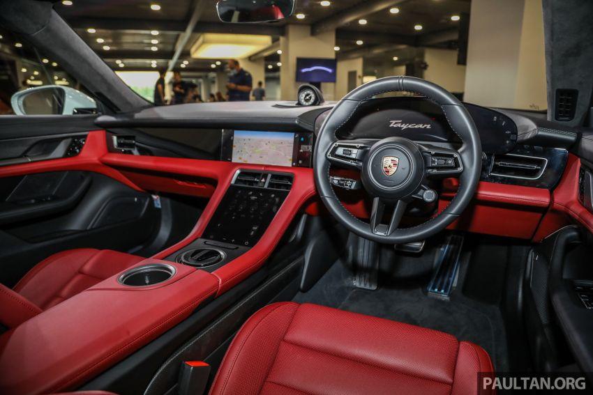 Porsche Taycan tiba di Malaysia – tiga varian, harga RM725k – RM1.2 juta, jarak gerak hingga 464 km Image #1178613