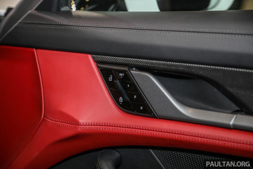 Porsche Taycan tiba di Malaysia – tiga varian, harga RM725k – RM1.2 juta, jarak gerak hingga 464 km Image #1178626