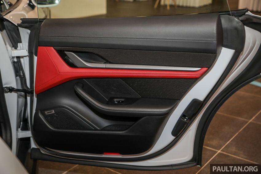 Porsche Taycan tiba di Malaysia – tiga varian, harga RM725k – RM1.2 juta, jarak gerak hingga 464 km Image #1178645